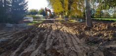 Prodloužení kanalizece a vodovodu k pozemkům určeným pro výstavbu