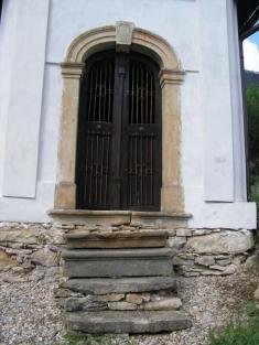 Odsvěcená klasicistní kaple